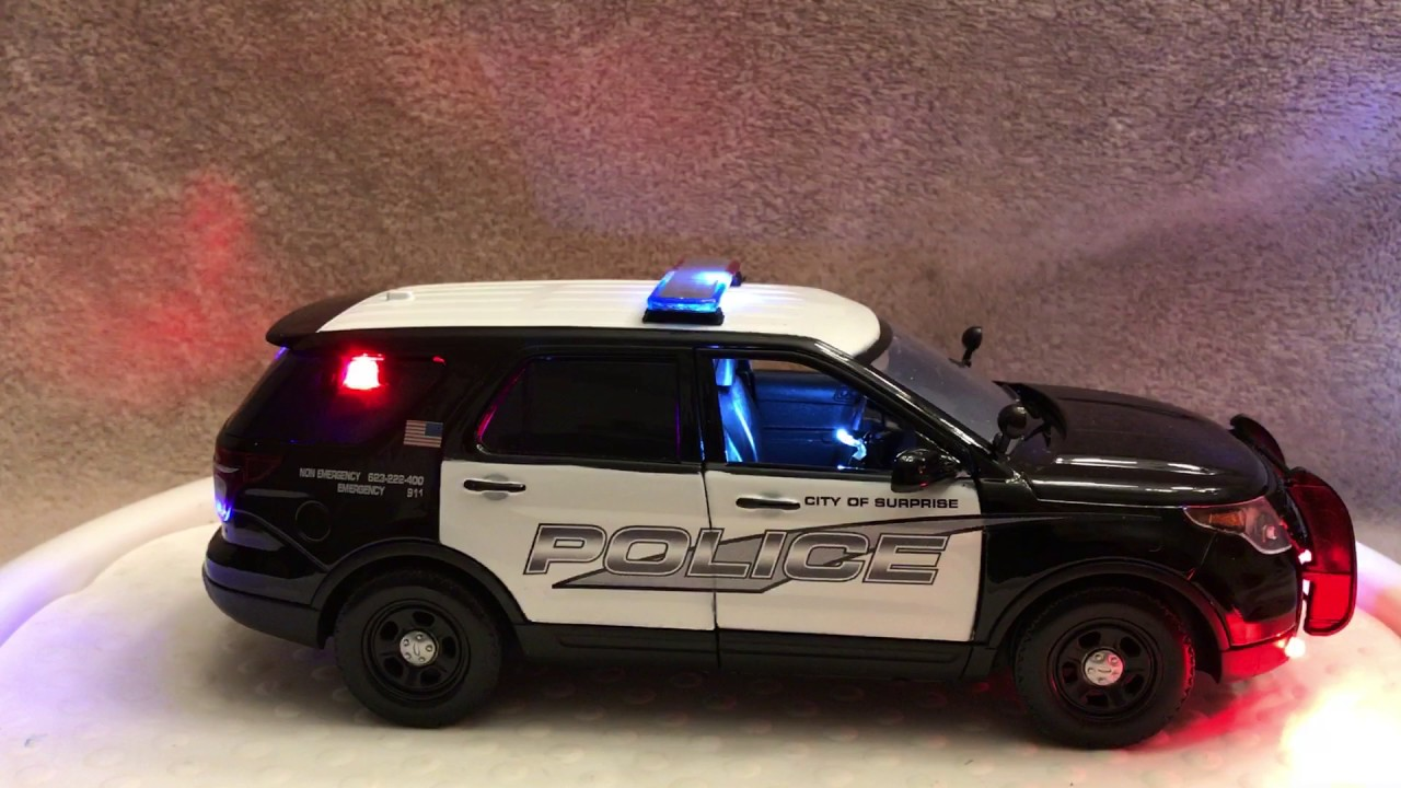 Police Lights Sirens >> 1/24 SCALE SUPRISE AZ FORD SUV DIECAST POLICE MODEL CAR WITH WORKING LIGHTS AND SIREN - YouTube