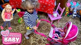 Маленький блогер девочка Катя Как мама в коляске катает куклу Беби Бон Сестра Играют в игрушки