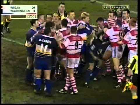 Wigan v Warrington - March 2001 Fights!