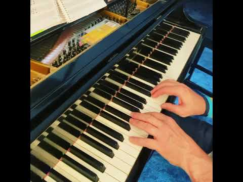 a bit under tempo ANAZING GRACE video for my students assembling the song (F Major)