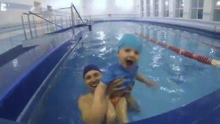 обучение детей плаванию, процесс веселый!!!