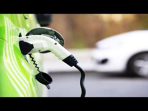 Larry Lang Talk chinese enterprises chasing for crossover Investment Electric Car? 格力高調投資電動汽車 中國經濟