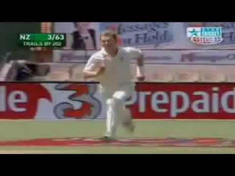 Top+10+Catches+In+Cricket+Histry[Singamda.In].3gp