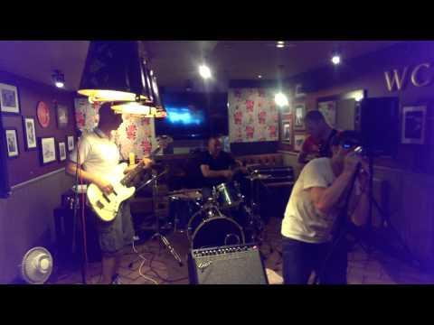 Murmur play Bob Dylans Rolling Stone at Prince of Wales Birmingham