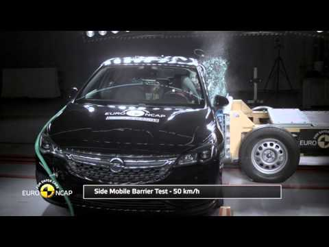 Euro NCAP Crash Test Of Opel Vauxhall Astra 2015