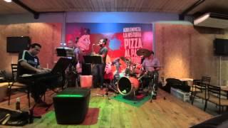 Jazzcarate Quartet - In a Sentimental Mood (usar audifonos, sonido ambiental)