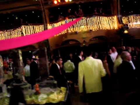 Capodanno 2011 su costa concordia la festa in piscina - Capodanno in piscina ...