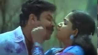 Munthiri Padam Poothu Nikkana Muttathu Kondovam..!!(Mini Anand)