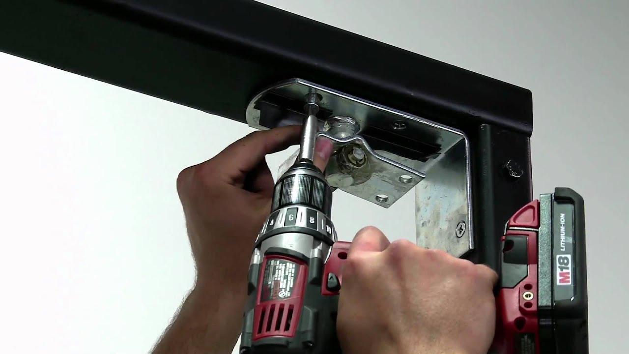 3 pasos para instalar la puerta eliason bisagra easy for Puerta que abre para los dos lados