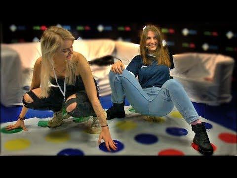 GTFOBAE и AhriNyan Играют в Твистер. Game Planet 2018 - Смешные видео приколы