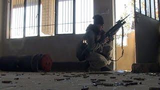 بالفيديو..حرب شوارع بالموصل بين داعش والقوات العراقية..والمدنيون الضحية