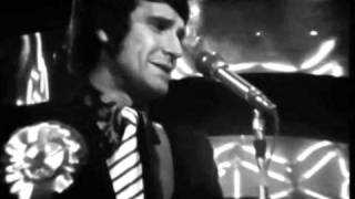 The Kinks - Autumn Almanac - T.O.T.P. 1967