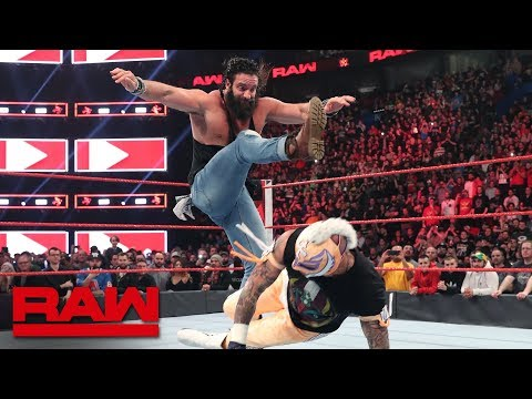 Rey Mysterio interrupts Elias' Superstar Shake-up performance: Raw, April 15, 2019