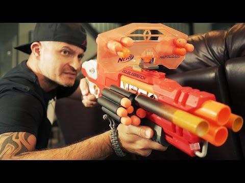 NERF GUN WAR 4