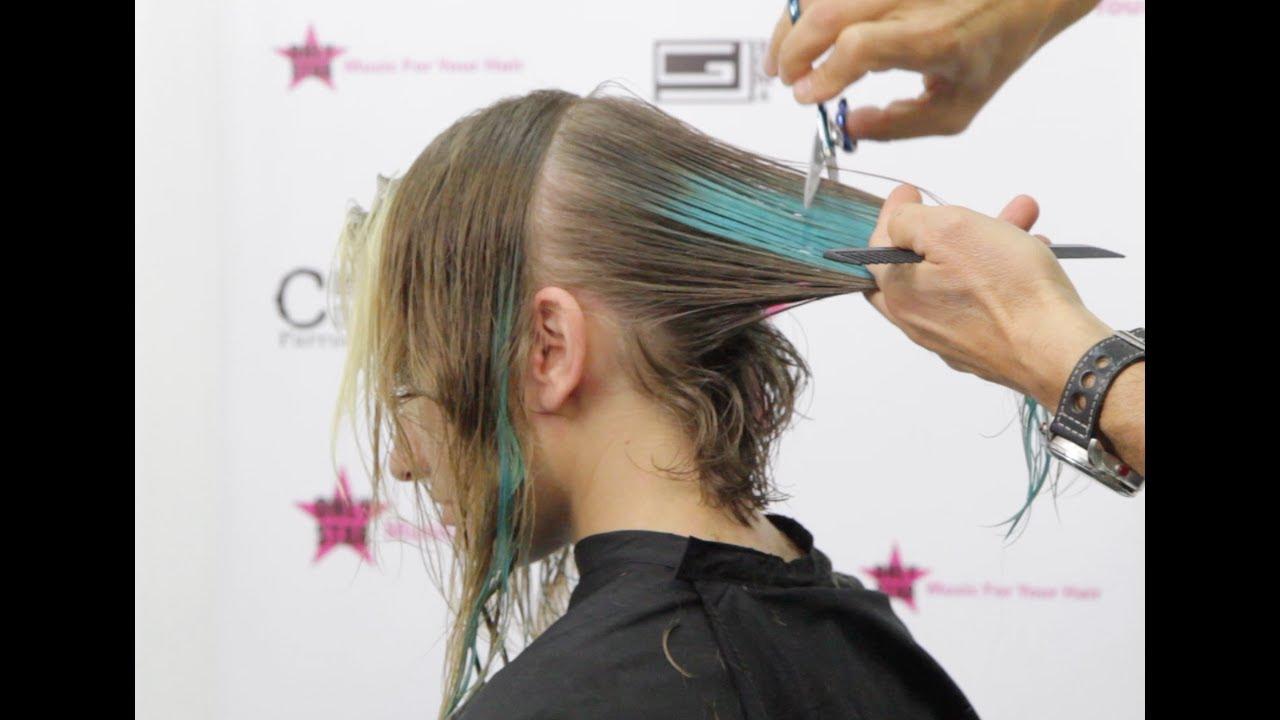 Tecniche per tagliare capelli corti