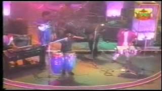 Video Alleycats - Suara Kekasih (live in Brunei 1988) download MP3, 3GP, MP4, WEBM, AVI, FLV Juni 2018