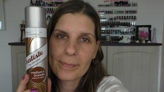 Ich teste das Batiste Trockenshampoo für hell- bis mittelbraunes Haar