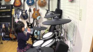 ドラムを習い始めて初の発表会で椎名林檎さんの「歌舞伎町の女王」を叩...