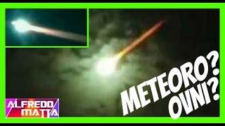 Meteorito Luz Verde en el Cielo Buenos Aires Argentina 30 Julio 2015