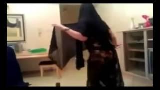 وهابية سعودية ترقص  وم...