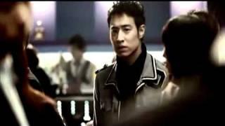 潘瑋柏808 專輯2011-01 UUU 作詞:李念和作曲:潘瑋柏編曲:李念和就像...