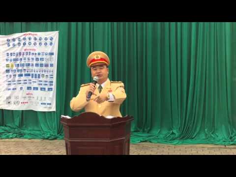 Cục CSGT tuyên truyền ATGT năm 2016 tại trường THPT Nguyễn Xuân Ôn.