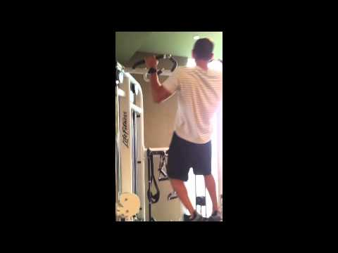"""Around-the-World"" Pull-ups- Functional Bodyweight Exercise"