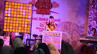 Gambar cover ADEK KIM BHINNEKA LIVE - TANAKONG DAN RAJA DOLI