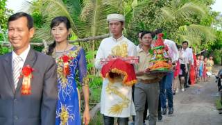 Huu Tinh va Cam Tien ( Le Thanh Hon) 0003