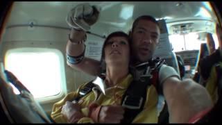 Saut en parachute tandem Taia Jiomaux à Spa (Skydive Spa)