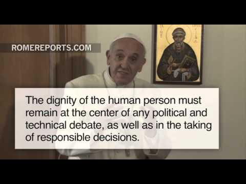 """Pope Francis: Greek economic situation """"worrying"""""""