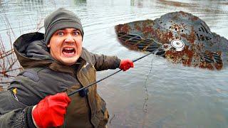 Подняли со дна гигантскую жуткую находку где затонула летающая тарелка во время магнитной рыбалки