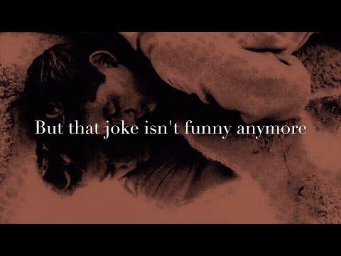 The Smiths - That Joke Isn't Funny Anymore (LYRICS ON SCREEN) 📺 mp3