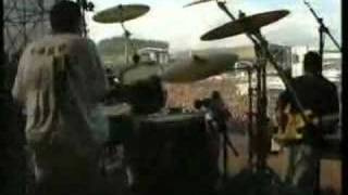 Rage Against the Machine - Fistful of Steel (Live 1994)