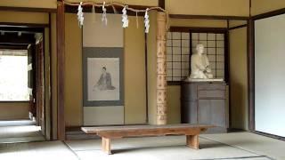 木造瓦葺き平屋建ての50㎡ほどの小舎で、8畳一室と、後に吉田松陰が...