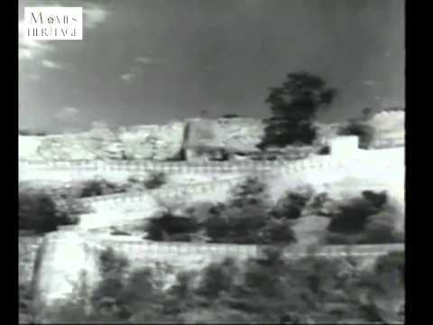 Aao Bacho Tumhe Dikhaye Jhankhi Hindustan Ki - Jagriti (1954)