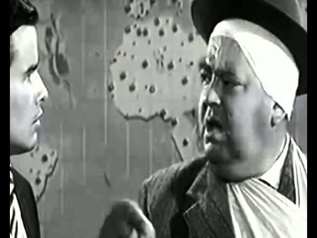 """Escena """"Todo el mundo está corrompido"""" Uno, dos, tres (Billy Wilder, 1961)"""