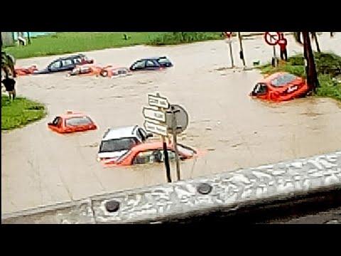Actualités CpK Tv: Abidjan est inondée depuis ce matin 11 Mai 2018. Des taxis emportés par la pluie