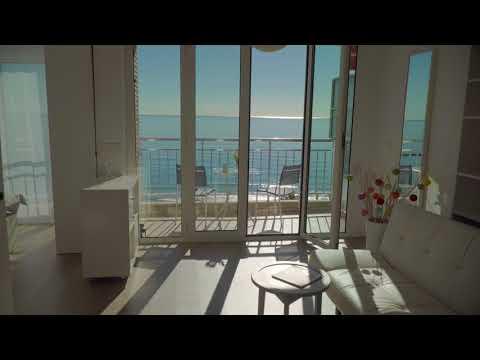 Airbnb - Alicante Beach Apartment