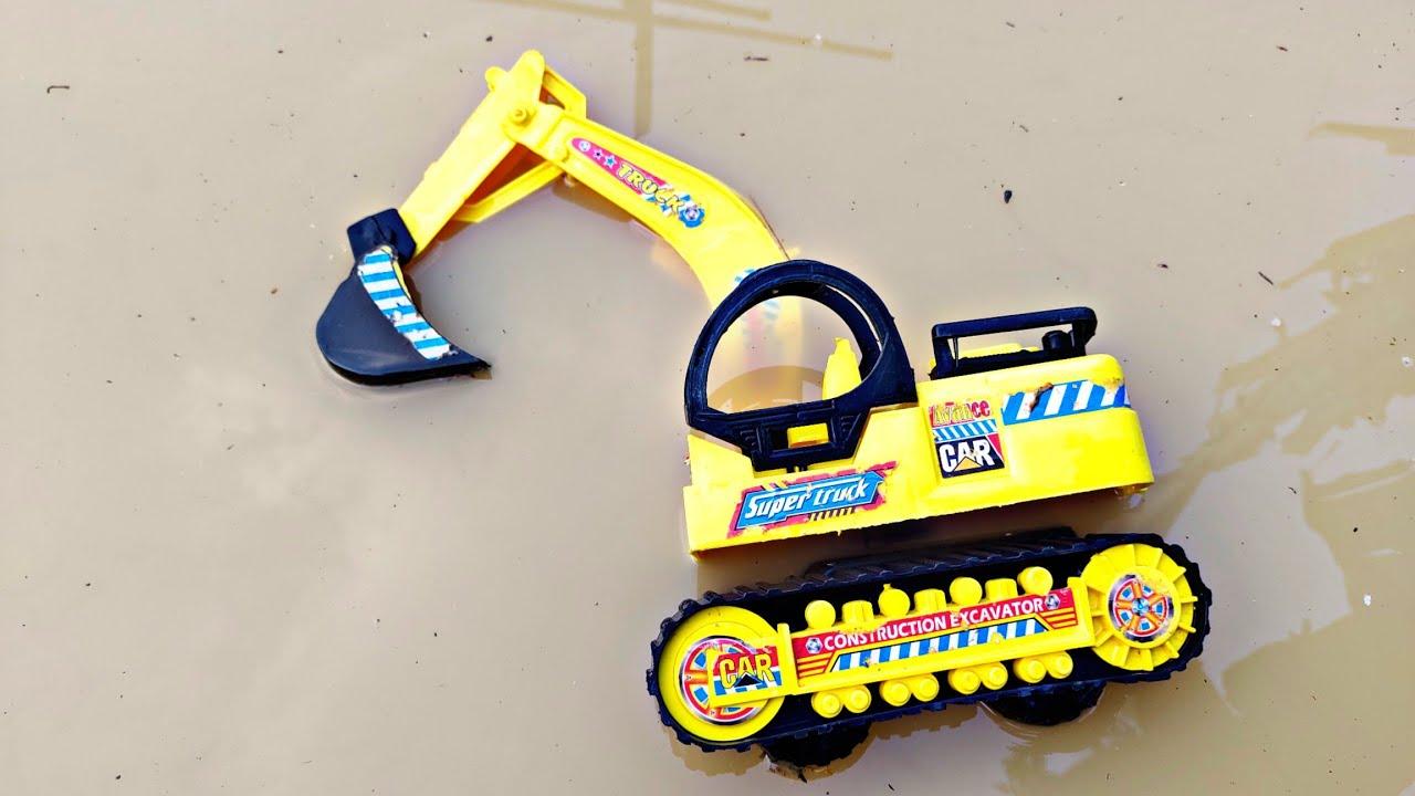 Mainan Hanyut di Saluran Irigasi, Truk Oleng, Beko,Excavator,Mobil Truk, Mobil Molen,Truk Molen,Tayo