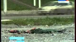 Каток раздавил человека. Man crushed by asphalt paver