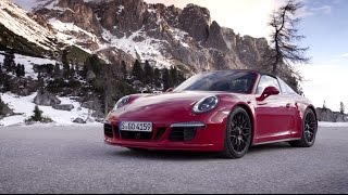 Porsche: The new 911 Targa 4 GTS in motion.