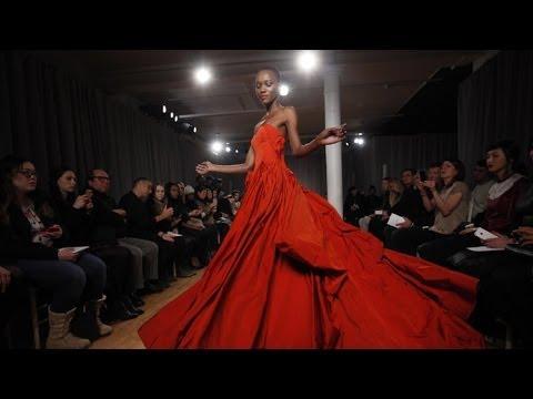 Zac Posen Fall 2014 New York Fashion Week Interviews & runway | Videofashion