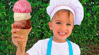 Niki dan Ibu berpura pura bermain menjual es krim