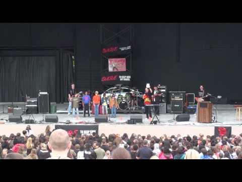 RETRO BILL hosts the Kansas City Metro-area DARE Festival