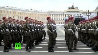 В Санкт-Петербурге прошел парад Победы