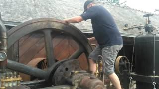 Démarrage d'un moteur Duvant à air comprimé type HD de 1927