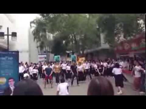 MDT Flash Mob - ขอใจเธอแลกเบอร์โทร [Creative Media Exhibition MDT KMUTT]