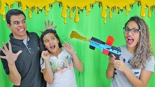 DESAFIO DA ARMA DE SLIME! - (QUEM PERDER TOMA SLIME!) - ft. Juliana Baltar