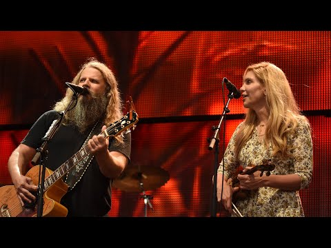 Jamey Johnson with special guest Alison Krauss – Tulsa Time (Live at Farm Aid 2016)